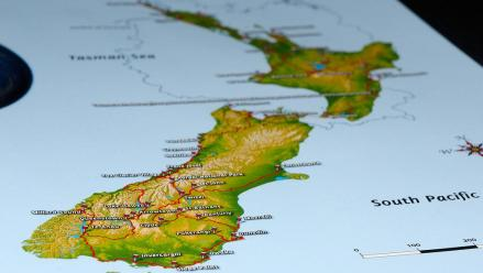 New Zealand Telecoms Plan $60m Fiber-Optic Cable